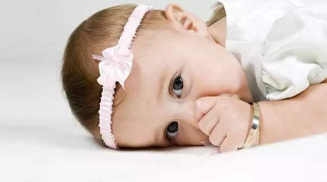 宝宝可以佩戴一些什么饰品-北京皇极易经研究中心